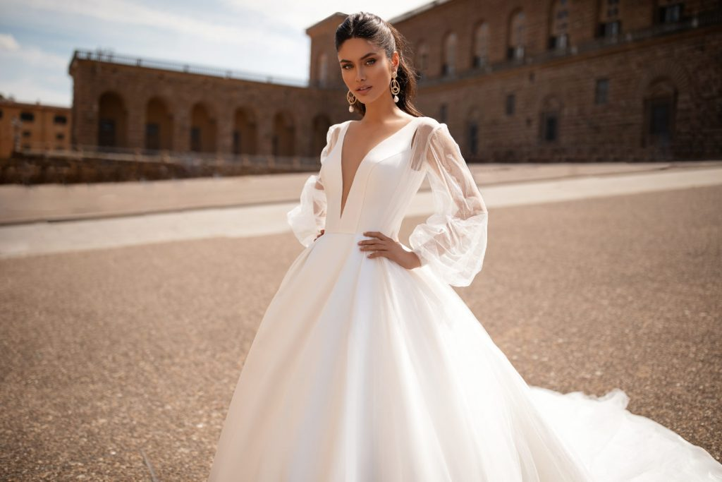 wholesale wedding dresses for retailers