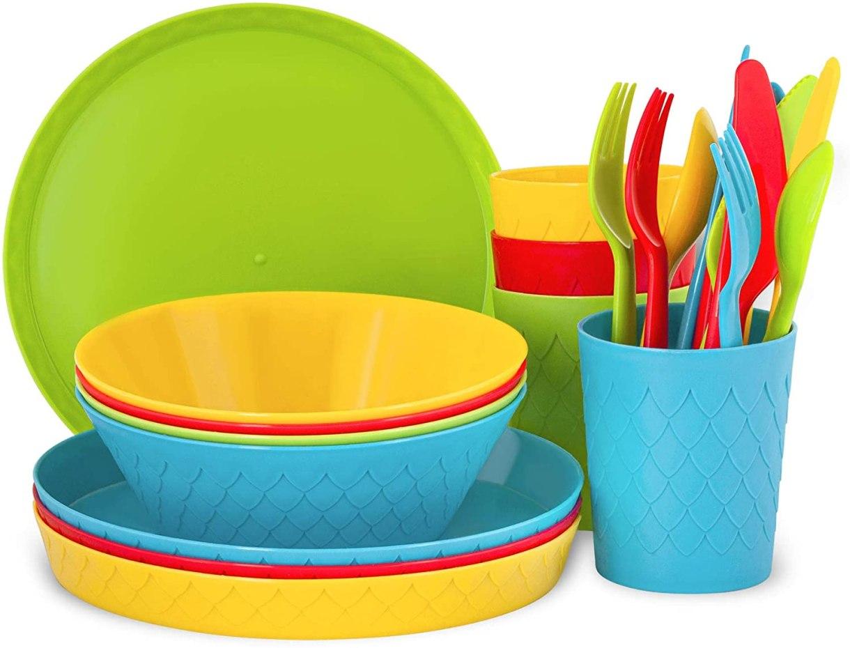 buy plastic dishes set
