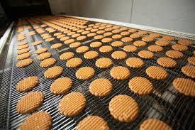 biscuit packaging machine