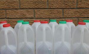 semi automatic milk bottle filling machine