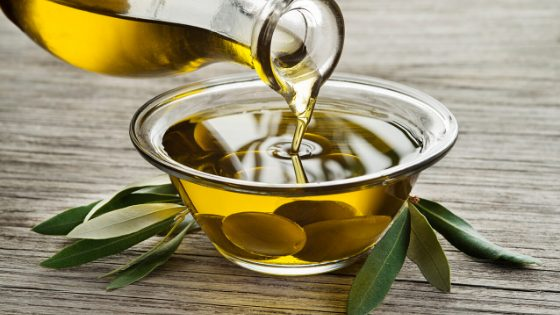 How to import olive oil to UK