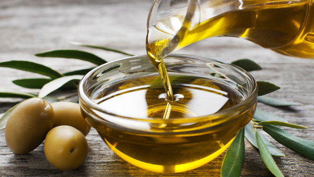 importing olive oil to UK