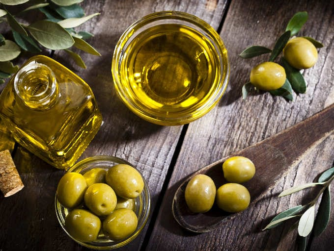 how to import olive oil to Canada